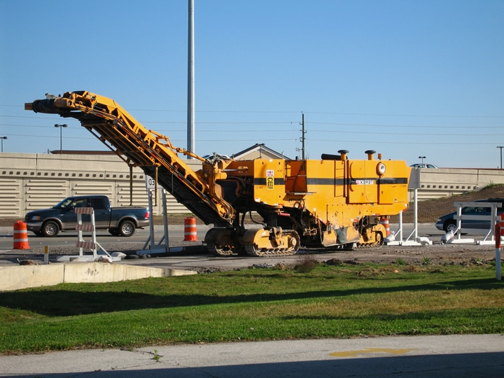 Asphalt Milling Machine Pavement Repair